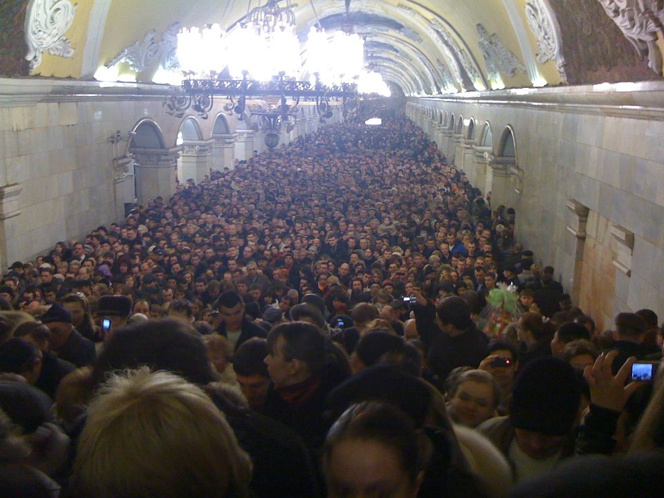 metro-moskvi-chas-pik-seks
